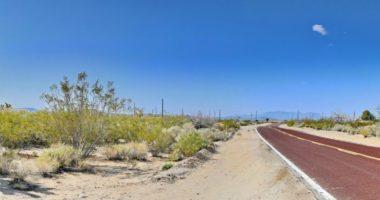 Weg door woestijn